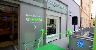 Lekarna Ljubljana: Predstavitev prodajnega avtomata Lekarna24