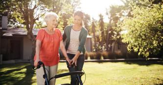 Svetovanje pri osteoporozi in presejalni vprašalnik FRAX
