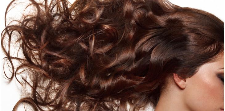 Naj se vaši lasje brezskrbno kopajo v morju in soncu